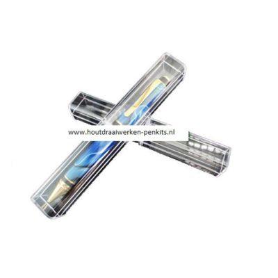 Plastic pen doos